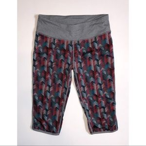 Womens Fabletics Athletic Capris Size Small